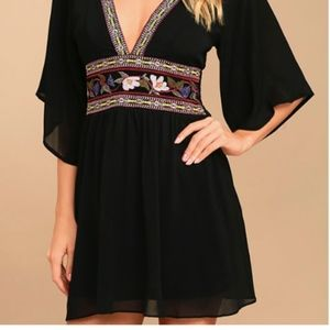 Lulu's Dresses - NWOT Lulu's Reign Check Black Embroidered Dress